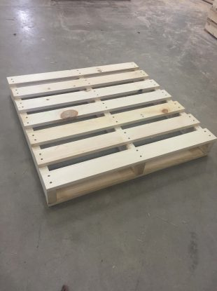 Rienk Inc. provides quality, custom pallets to the Northwest Iowa region. Including being the area's number one plastic pallet supplier